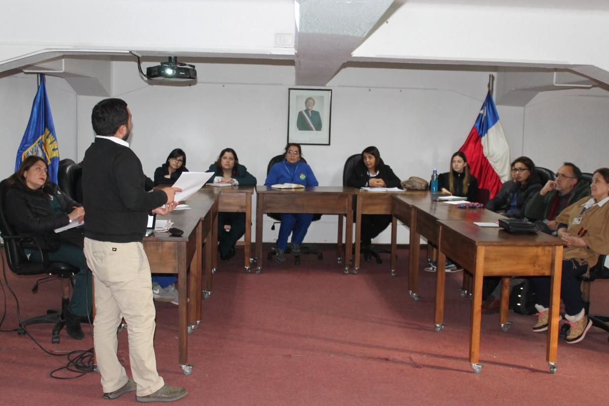 COMISION DE ATENCION PRIMARIA DE SALUD DE RENGO, REALIZAN JORNADA DE TRABAJO PARA GENERAR POLITICA PUBLICA DE SALUD EN LA COMUNA