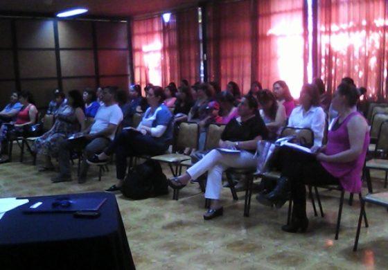 """OPD Rengo realiza charla de """"Roles Parentales y Pautas de Crianza""""."""