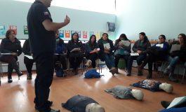 FUNCIONARIAS DE LOS JARDINES COLORIN COLORADO Y ORUGUITAS SE CAPACITAN EN PRIMEROS AUXILIOS