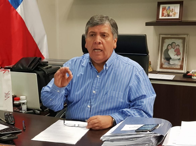 ALCALDE DE RENGO ORDENA CUMPLIMIENTO DE LEY QUE REGULA FUNCIONAMIENTO DE MAQUINAS TRAGAMONEDAS