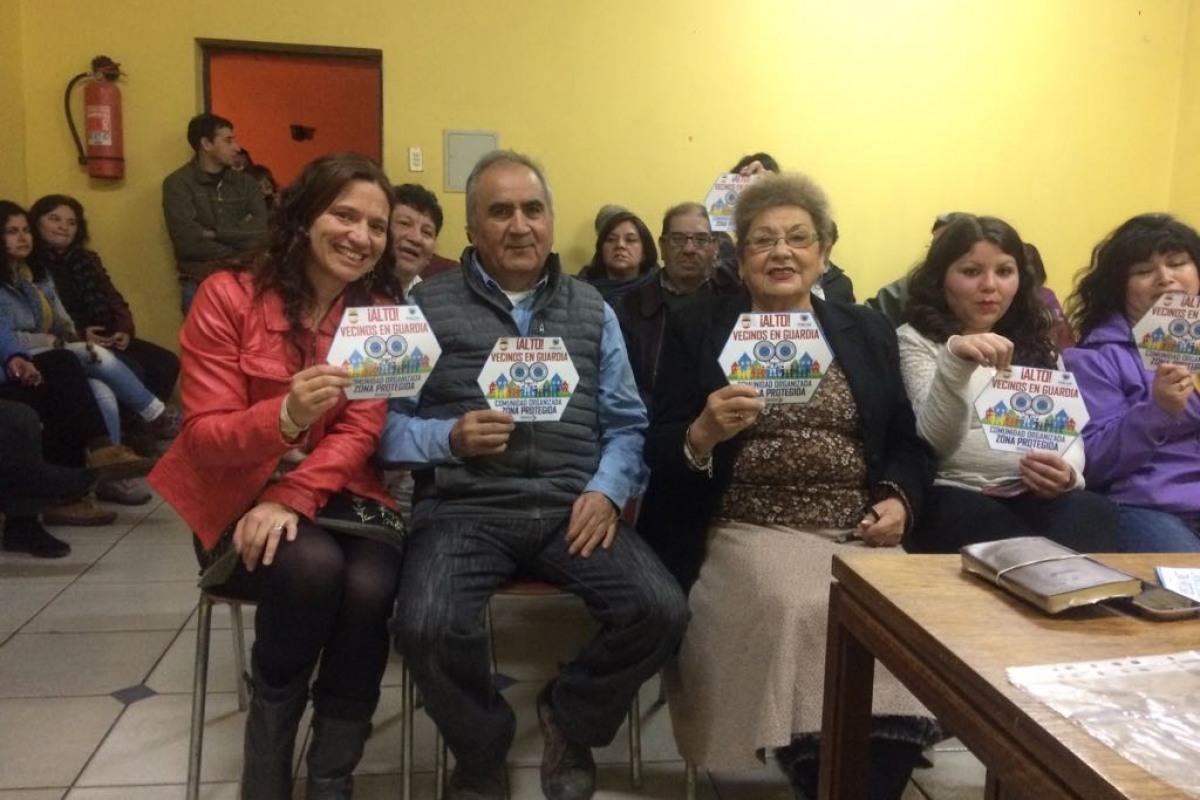 """Villa Araucanía y Municipio unidos:VECINOS LANZAN PLAN DE SEGURIDAD """"ALTO VECINOS EN GUARDIA"""""""