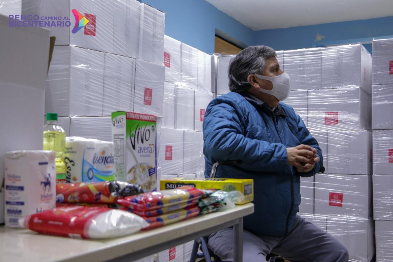MUNICIPALIDAD DE RENGO ENTREGARA 7 MIL CAJAS DE MERCADERIA A LOS VECINOS DE LA COMUNA