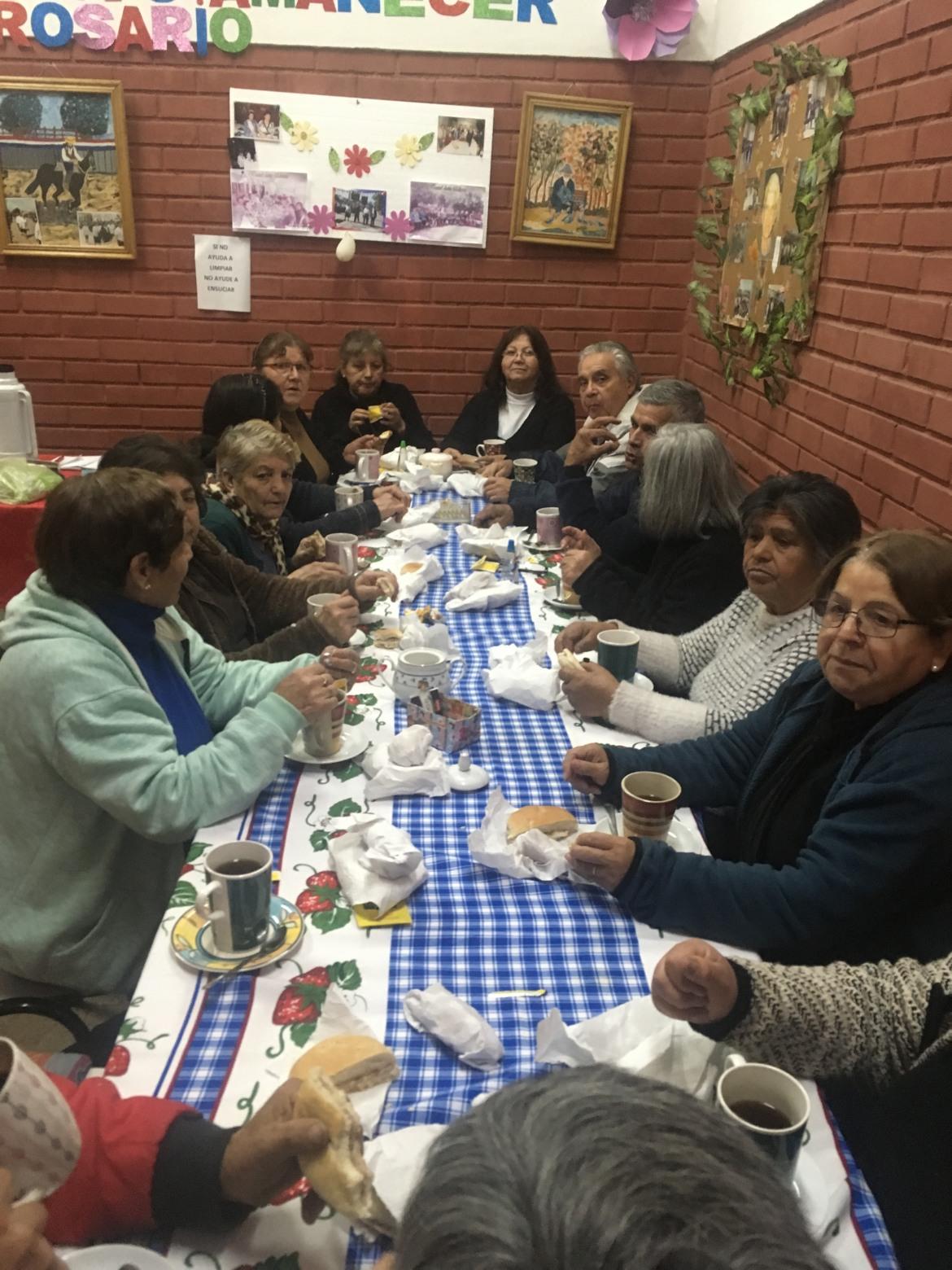 TALLERES DE SALUD MENTAL A LOS ADULTOS MAYORES